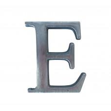 Lettera E in alluminio anodizzato